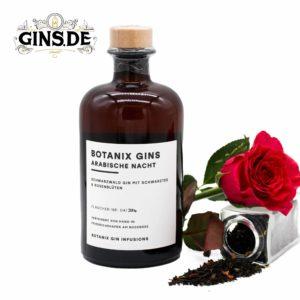 Flasche Botanix Gin mit Rose und Tee