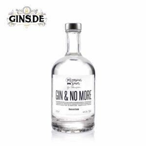 Flasche Monsieur Sauer Gin und no More