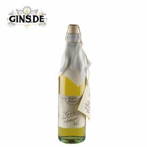 Flasche Eigenbrand GIN