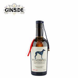 Flasche Windspiel Premium Dry Gin Navy Strenght
